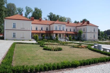 Rektorat PWSTE w Jarosławiu (2)