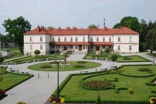 Widok z Rektoratu na Instytut Inżynierii Technicznej PWSTE w Jarosławiu
